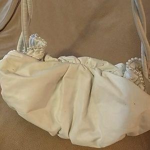 Mylinka Bags - Beautiful Pearl and Rhinestone Studded Pocketbook